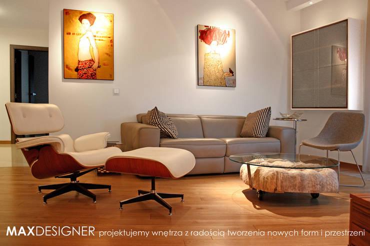 Salon dla relaksu.: styl , w kategorii Salon zaprojektowany przez MAXDESIGNER