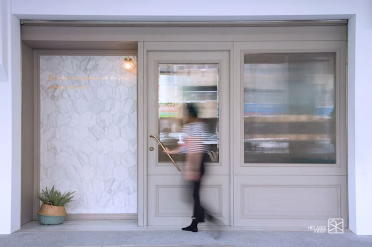 店面外觀:  辦公空間與店舖 by 禾廊室內設計,