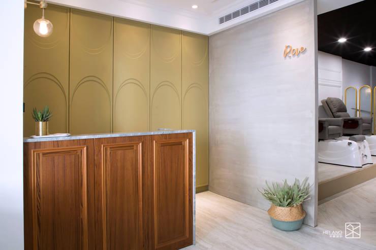 美式北歐風:  辦公空間與店舖 by 禾廊室內設計,