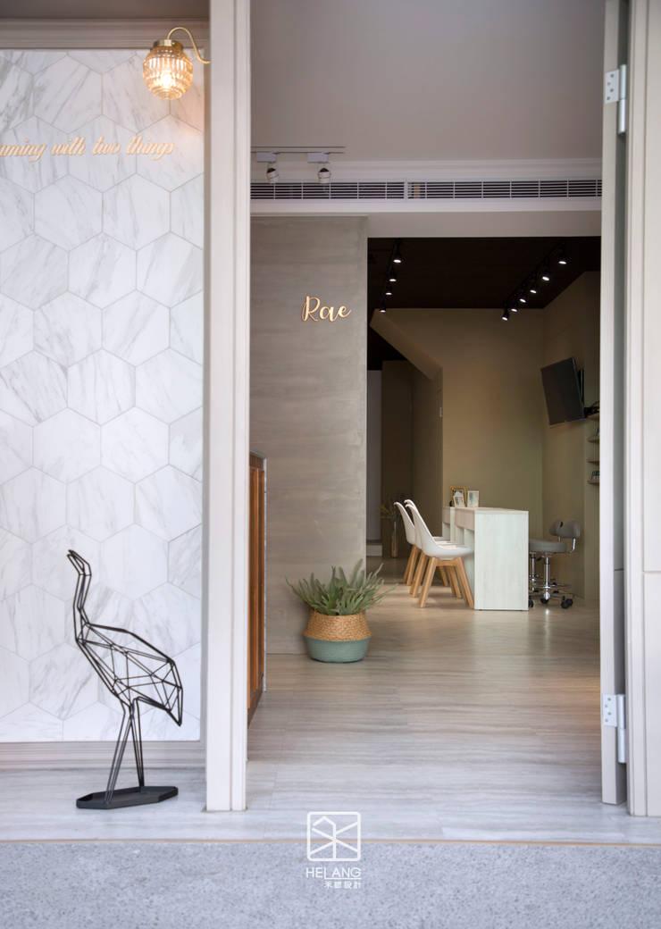 店面空間深度:  玄關、走廊與階梯 by 禾廊室內設計,