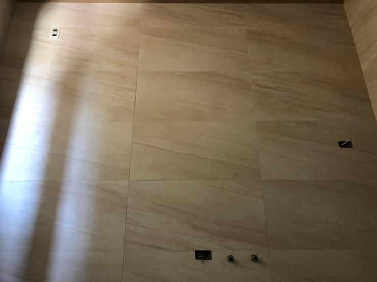 雙葉莊廚房壁磚:  小廚房 by 讚基營造有限公司