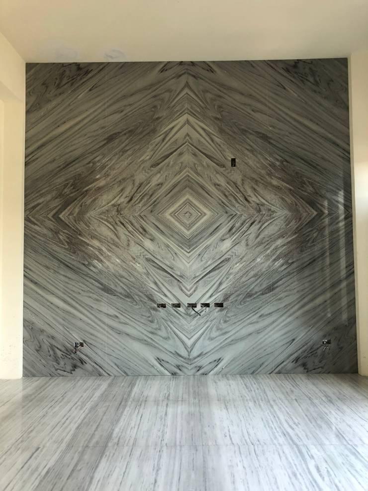 雙葉莊電視牆石材:  牆面 by 讚基營造有限公司