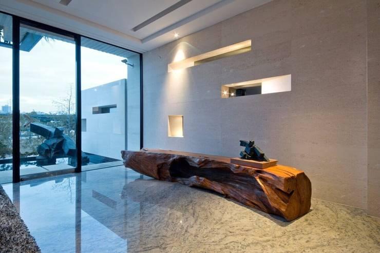 室內設計北歐風:  牆面 by 大桓設計顧問有限公司,