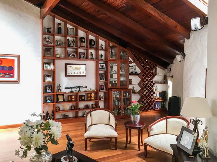 Sala G: Salas / recibidores de estilo  por DOGMA Architecture,