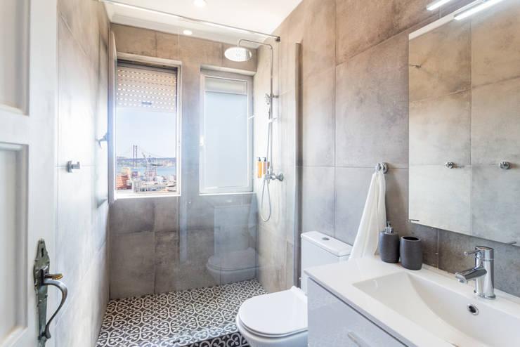 Bathroom by HOUSE PHOTO, Modern