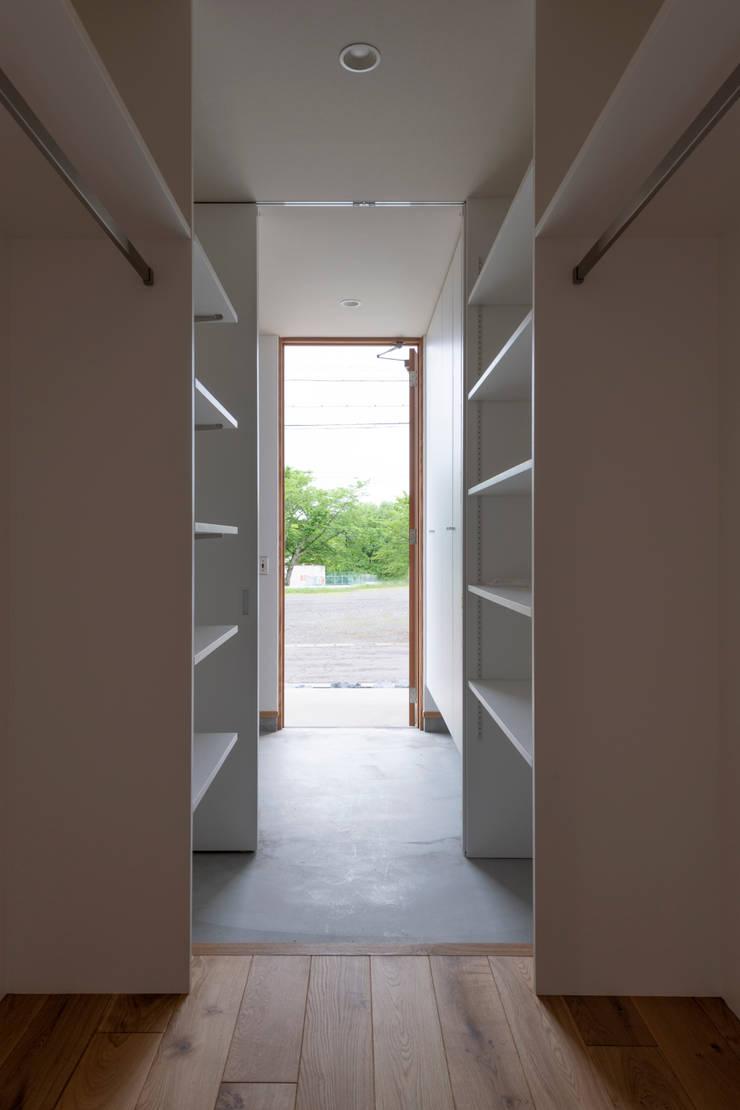 douce: yuukistyle 友紀建築工房が手掛けた廊下 & 玄関です。,