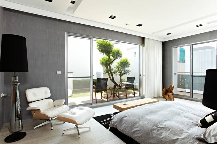 Balkon oleh 瑞嗎空間設計, Modern