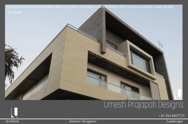 Houses by umesh prajapati designs, Modern
