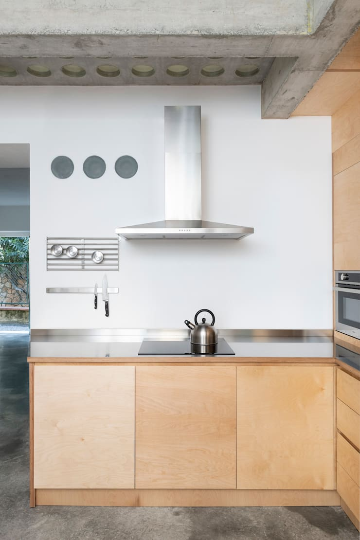 Dapur oleh Cristina Meschi Architetto, Minimalis Kayu Wood effect