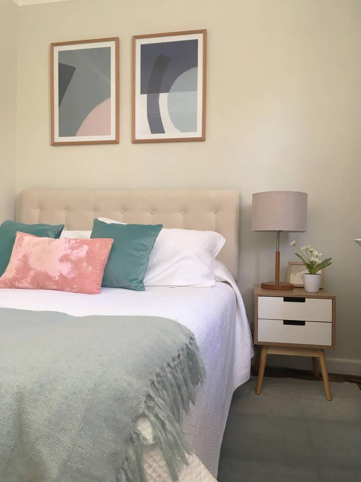 Propuesta Habitacion de visita: Dormitorios pequeños de estilo  por MM Design