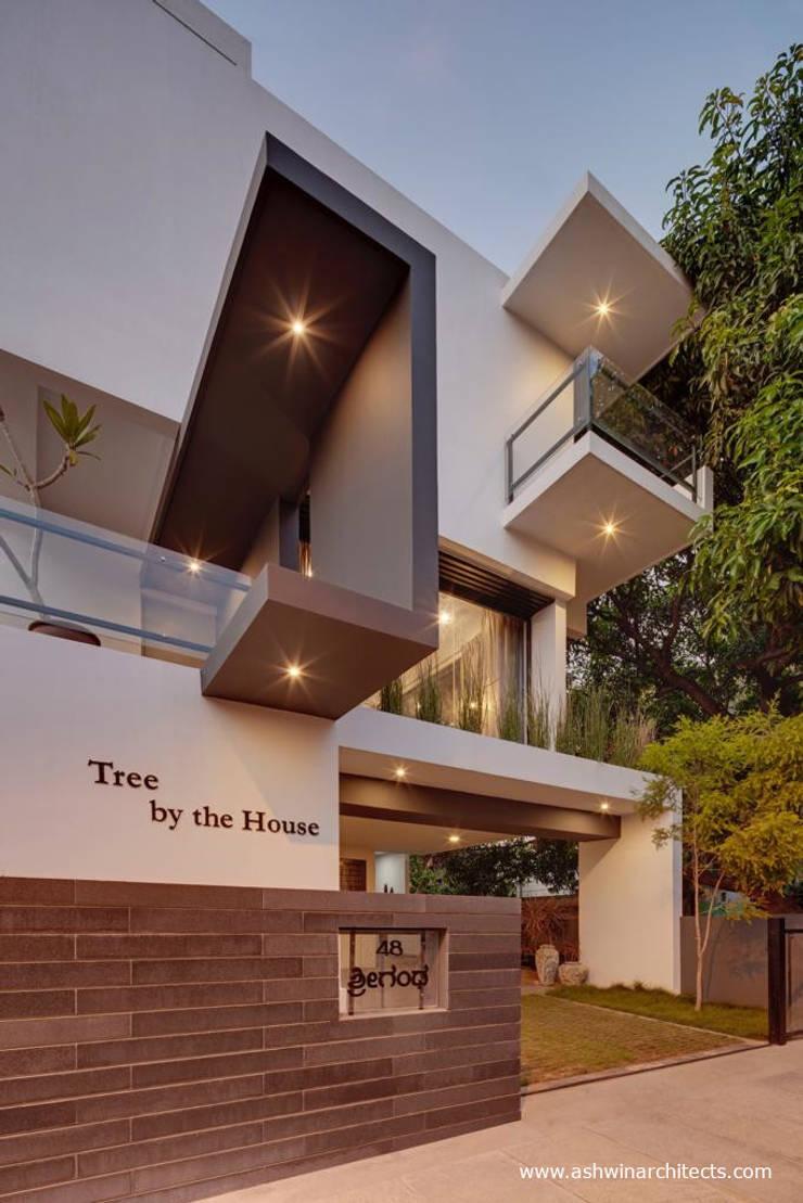 Bungalows by Ashwin Architects In Bangalore, Modern