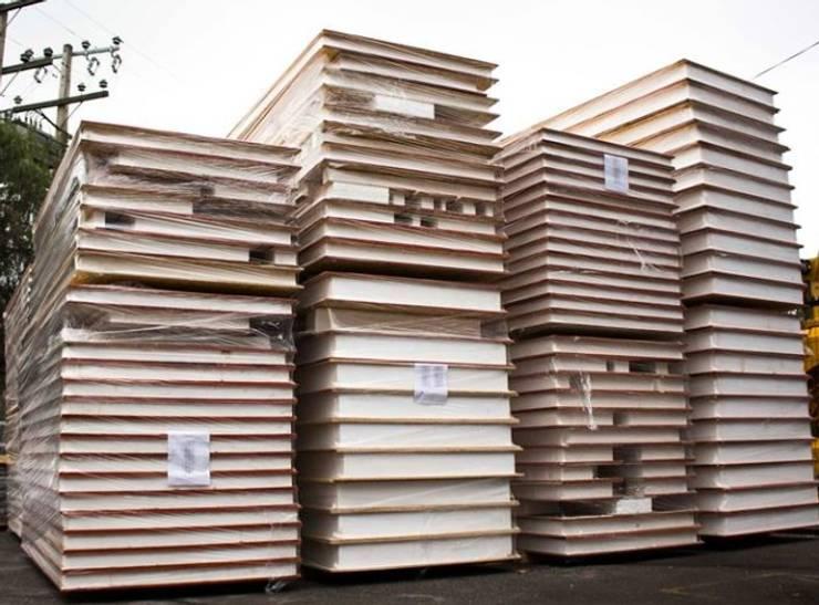 kit armable MODULAMOS TU PROYECTO : Casas de madera de estilo  por SIPCORDILLERA