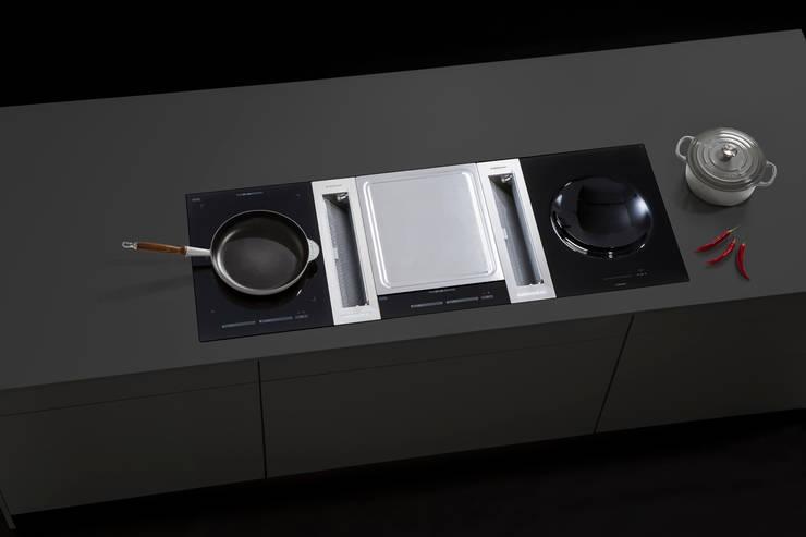 Kitchen by ERGE GmbH, Modern