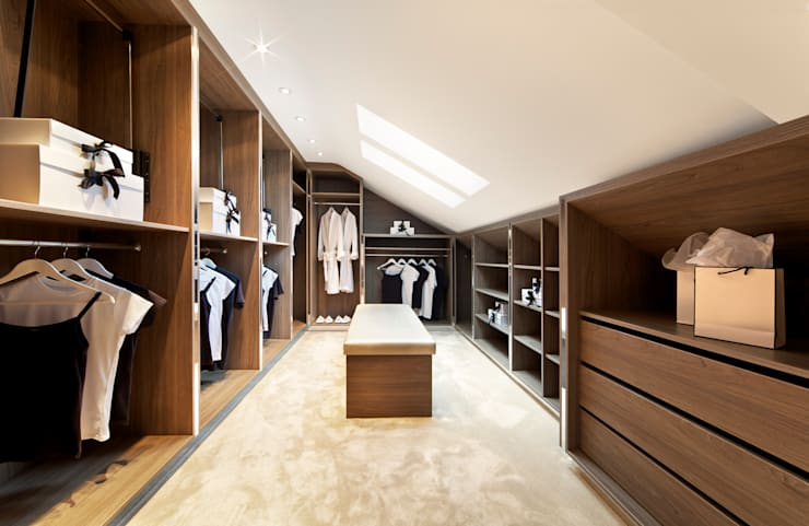 Custom Loft Walk in Wardrobes London:  Bedroom by Metro Wardrobes London