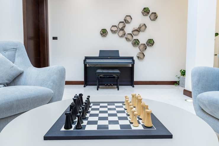 Chess:  Living room by We Style Middle East, Modern