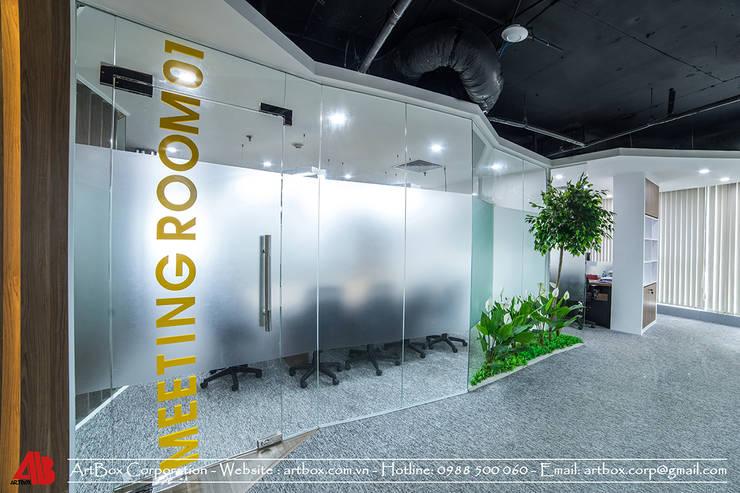 Thiết kế nội thất văn phòng bất động sản V-Land:   by Thiết Kế Nội Thất - ARTBOX