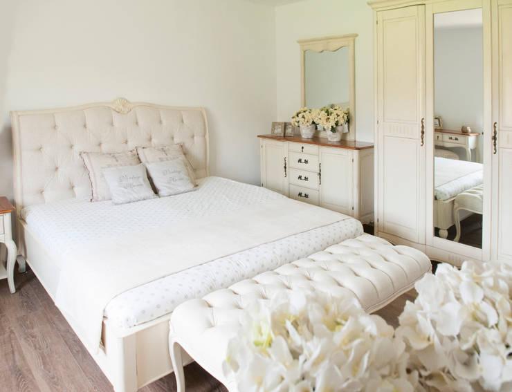 Sypialnia Verona: styl , w kategorii Sypialnia zaprojektowany przez LivinHill,