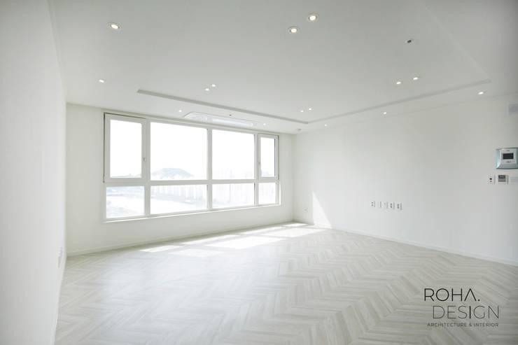 부산 더샵센텀파크 인테리어 – 40평 아파트 인테리어: 로하디자인의  거실,