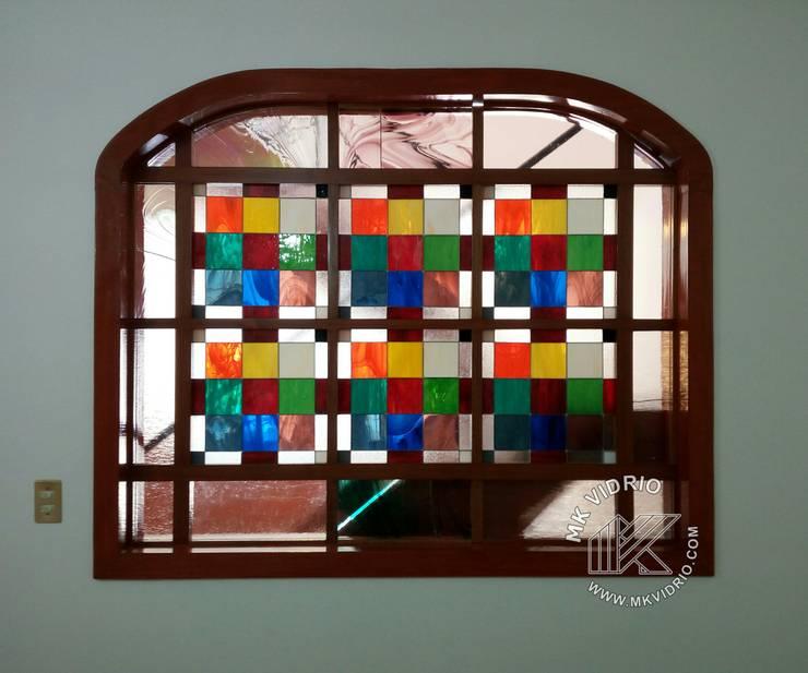 Conceptos en color:  de estilo  por MKVidrio, Moderno Vidrio