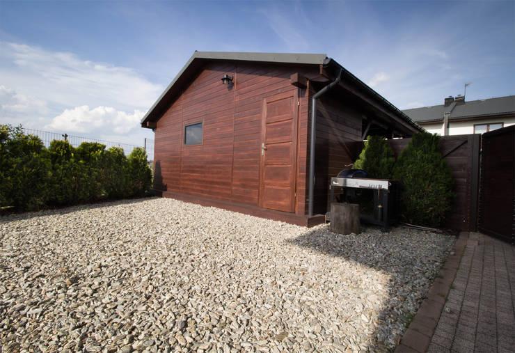 Garage & Schuppen von Bednarski - Usługi Ogólnobudowlane, Modern