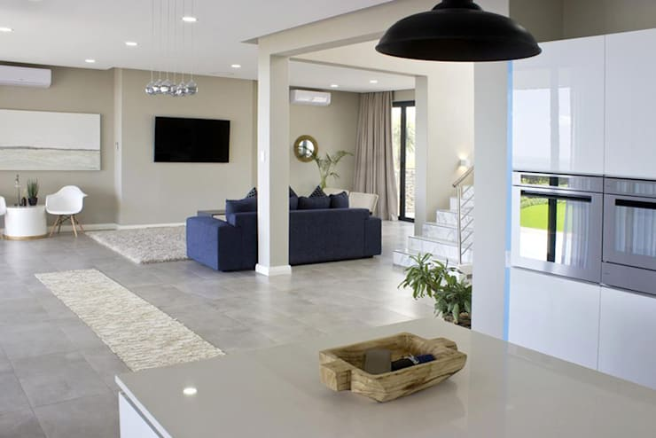 Overview of Living Area:  Living room by Barnard & Associates - Architects,