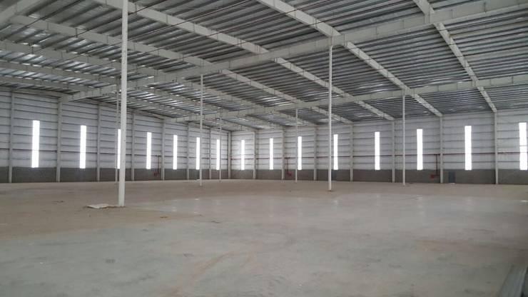 Industriale Geschäftsräume & Stores von Ferrocenter Industrial Eisen/Stahl