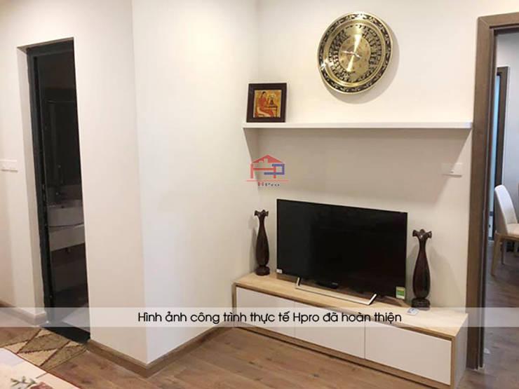 Hình ảnh thực tế không gian phòng ngủ master nhà anh Long - Nguyễn Đức Cảnh:  Bedroom by Nội thất Hpro,