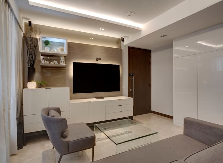 Classic Elegance:  Living room by Space Factor Pte. Ltd, Classic