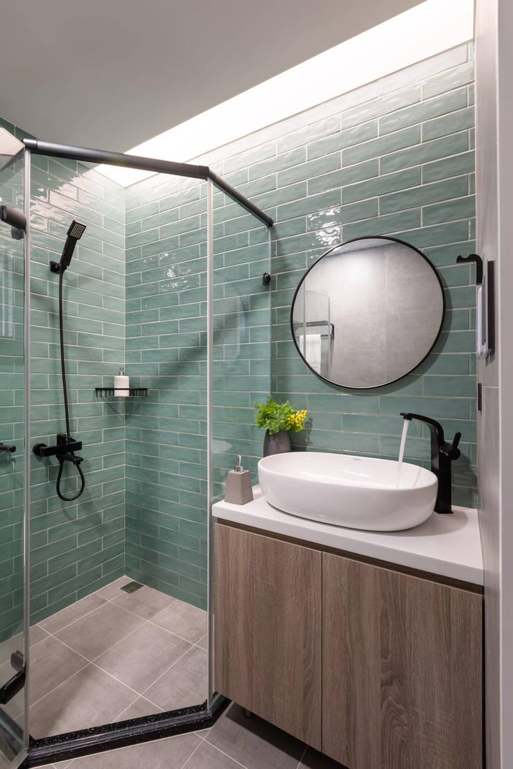 薄荷森林:  浴室 by 寓子設計,