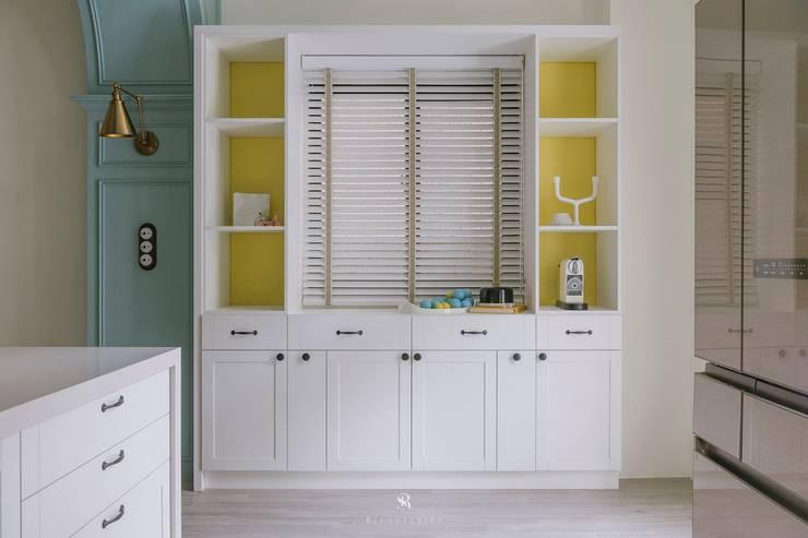 紛染.綿綿|Trochee of Tints:  廚房 by 理絲室內設計有限公司 Ris Interior Design Co., Ltd.