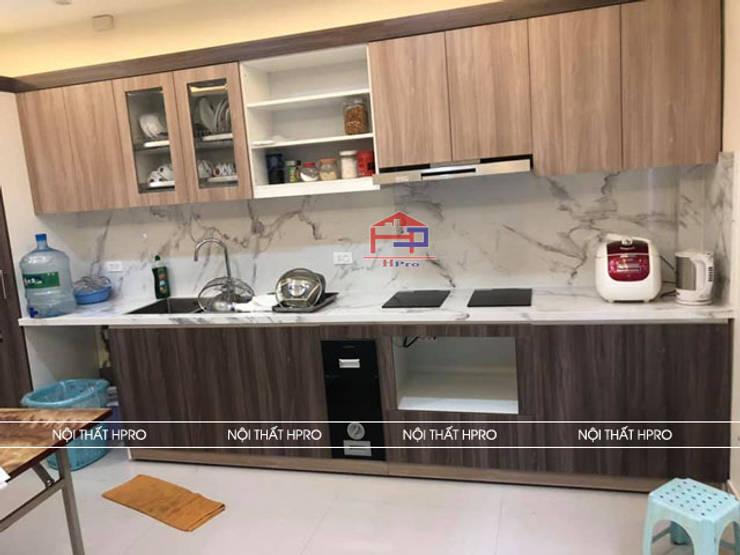 Hình ảnh thực tế bộ tủ bếp laminate chữ I nhà chú Tuấn - Nguyễn Sơn:  Kitchen by Nội thất Hpro,