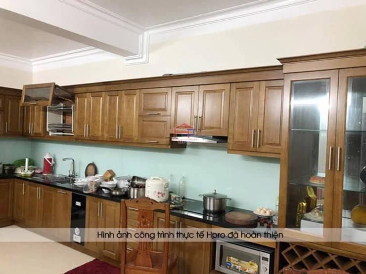 Hình ảnh thực tế bộ tủ bếp gỗ sồi mỹ tự nhiên nhà chị Thập - Hải Phòng:  Kitchen by Nội thất Hpro,