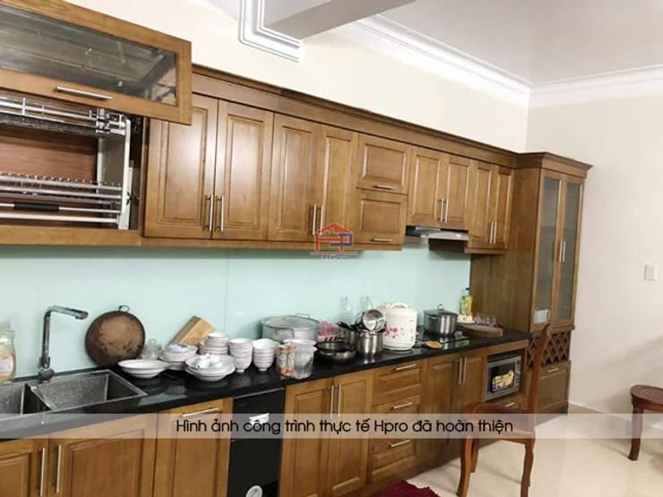 Hình ảnh thực tế bộ tủ bếp gỗ sồi mỹ kèm tủ rượu nhà chị Thập - Hải Phòng:  Kitchen by Nội thất Hpro,