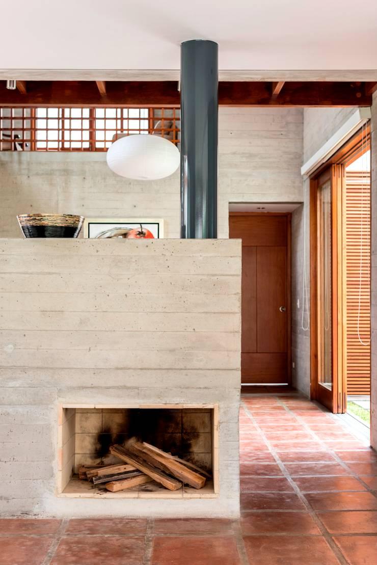 Casa MEC: Comedores de estilo  por Francisco Dulanto Arquitecto