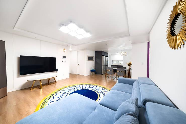 30평 아파트 홈스타일: 제이미홈스타일링의  거실,