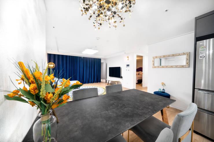 30평 아파트 홈스타일: 제이미홈스타일링의  다이닝 룸,