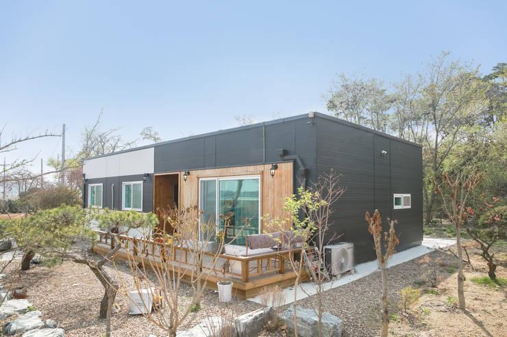 공간제작소 네번째 설계사례: 공간제작소(주)의  조립식 주택,