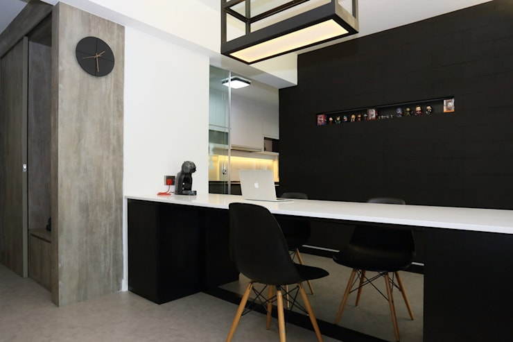 Dining Area:  Dining room by Monoloft, Minimalist