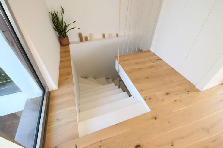 Suelos de estilo  de Bolefloor , Moderno Madera Acabado en madera