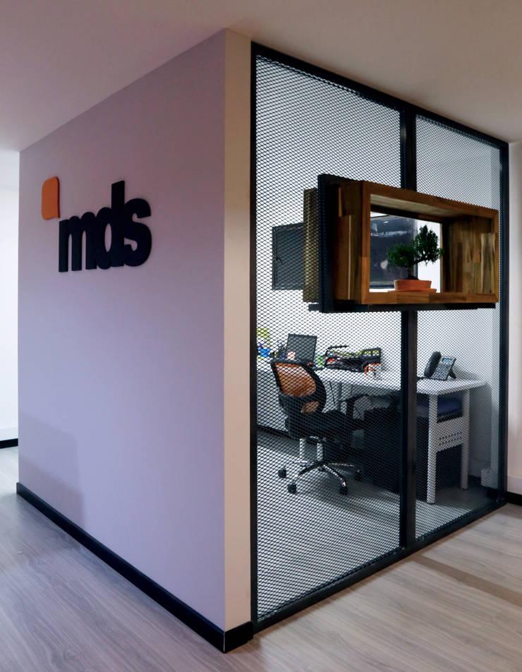 MDS EU: Estudios y despachos de estilo  por Gamma,