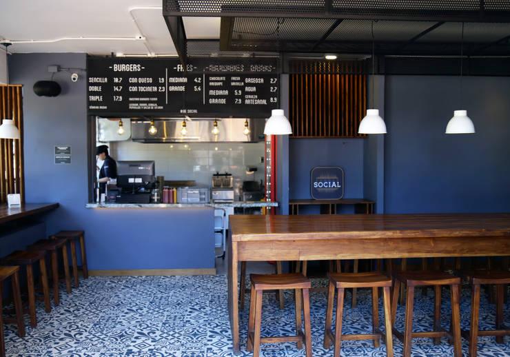 Burger Social: Locales gastronómicos de estilo  por Gamma,