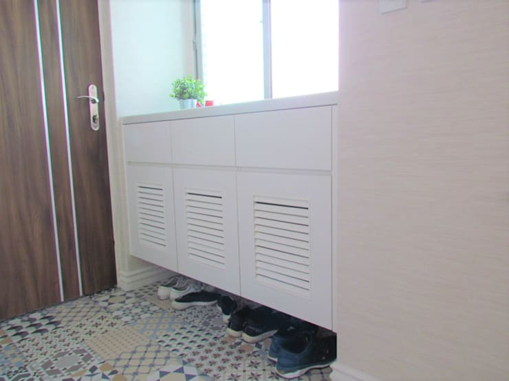 Corridor & hallway by ISQ 質の木系統家具, Minimalist