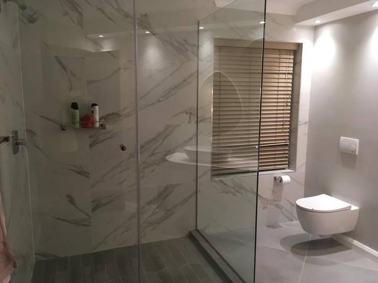 Bathroom by Rykon Construction , Modern