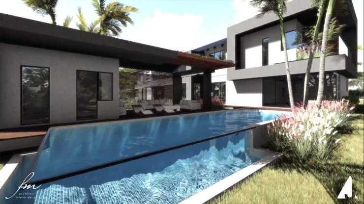 Zambian Luxury residence:  Pool by FRANCOIS MARAIS ARCHITECTS,