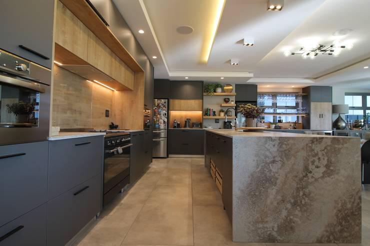 Cocinas de estilo  de Audio Visual Projects (PTY) Ltd, Mediterráneo