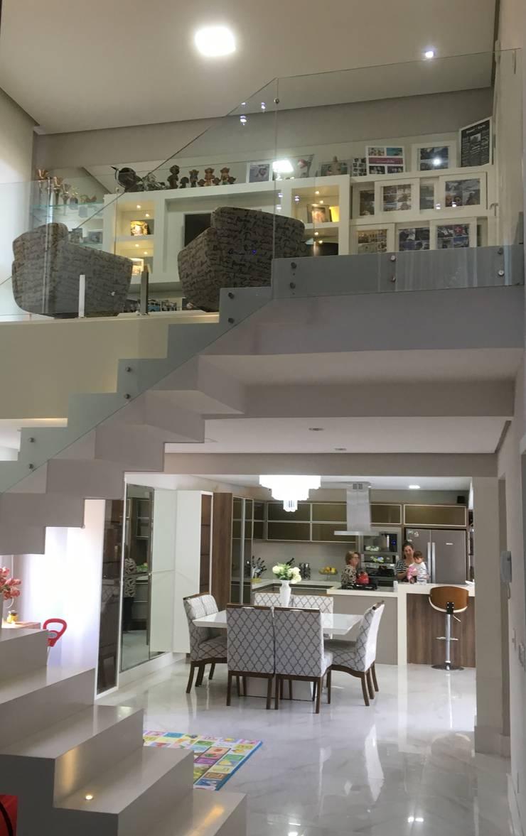 Living room by Paula Szabo Arquitetura, Modern