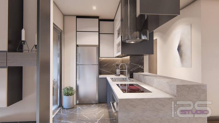 Kitchenette: Cocinas equipadas de estilo  por 1:25 Studio, Mediterráneo