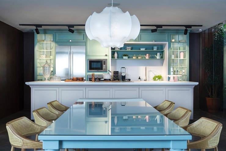 Cocina y Mesa Charm Florense: Cocina de estilo  por FLORENSE