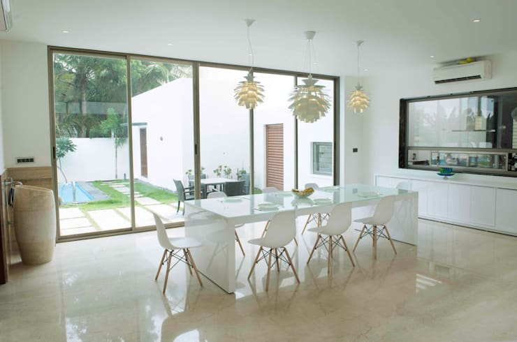 Dining room by DesignQube,