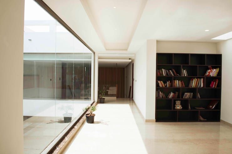 Study/office by DesignQube,